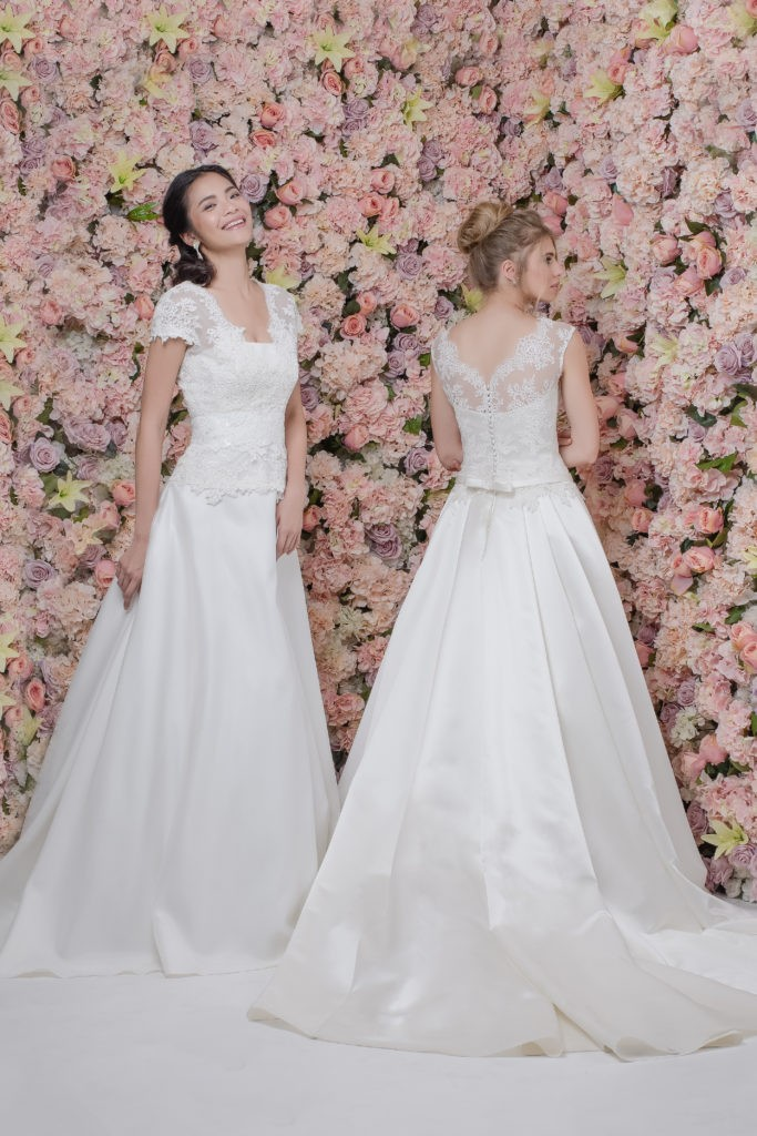 DYNASTIE ET CARMEN - Robe de mariée Pour Un Oui by Cymbeline